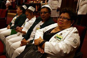 Reconocen a las enfermeras y enfermeros del IMSS