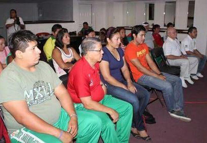 Los entrenadores yucatecos de gimnasia rítmica y de pesas ya trabajan para que sus atletas destaquen en la Olimpiada Nacional del año próximo. (Milenio Novedades)