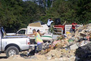 Pepenadores, inconfonformes por <i>privatización</i> de basurero