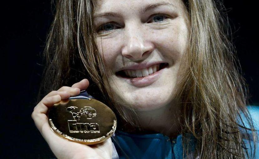 Cate Campbell superó por mucho a la estadunidense Missy Franklin, que ya lleva cuatro medallas. (EFE)