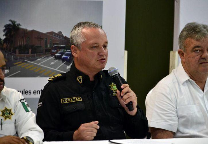 El director de Ingeniería Vial de la Secretaría de Seguridad Pública, Gerardo Ojeda Sosa, señaló que en esa zona circulan cerca de cuatro mil vehículos en las horas pico. (Milenio Novedades)