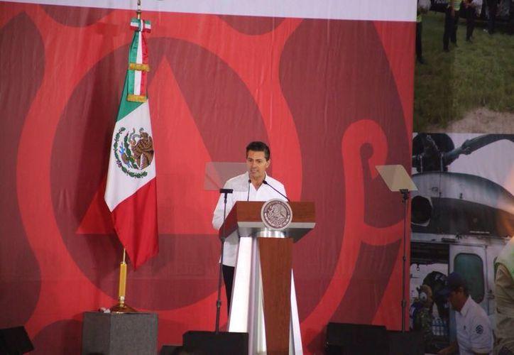 El Gobernador de Quintana Roo, Roberto Borge Angulo, en la inaguración de Comité de Protección Civil. (Israel Leal/SIPSE)