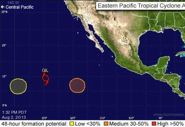 Gil se localiza a más de 1,000 km de Baja California. (nhc.noaa.gov)