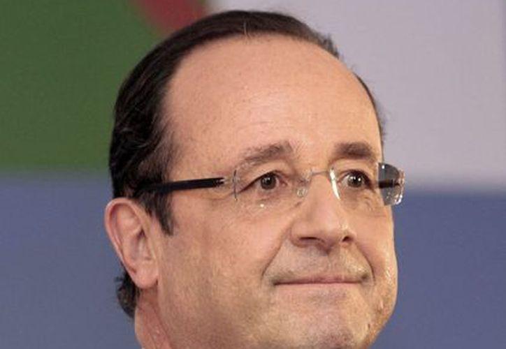 Hollande omitió ofrecer una disculpa pública a los argelinos. (Agencias)