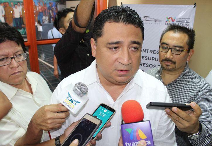 Eduardo Martínez Arcila dice que el hecho de ser legislador federal, no frenará el proceso. (Joel Zamora/SIPSE)