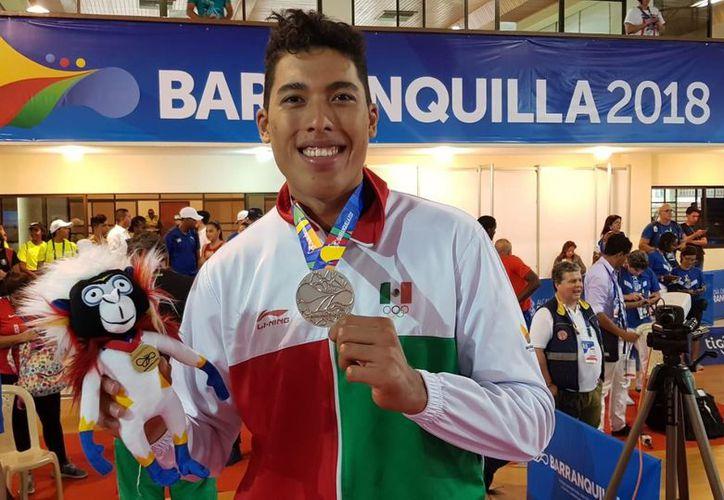 El deportista ha tenido un muy buen año y forma parte de la Selección Mexicana de Taekwando. (Ángel Villegas/SIPSE)