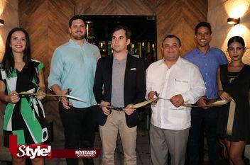 Inauguran La Gloria Cantinera Mexicana