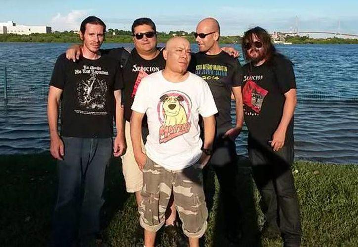 La banda Sedición se ha consolidado como una de las agrupaciones favoritas del género musical Punk.(Foto tomada de Facebook/Sedición)