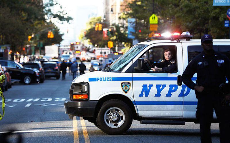 Atropellan a grupo de personas en Nueva York; hay un muerto