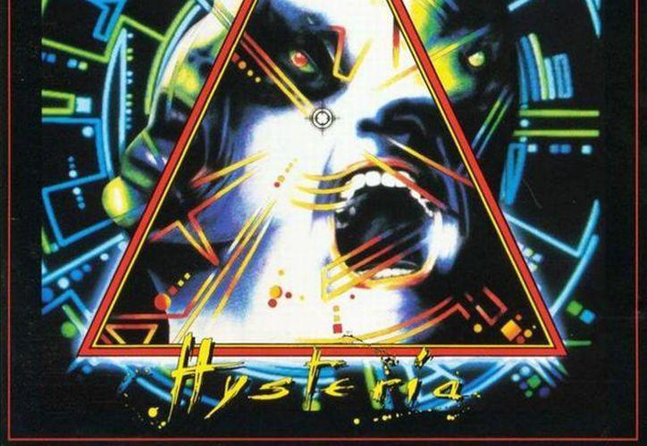 Un poster del grupo de rock Def Leppard, como éste, fue el que propició el 'enojo' del abuelo. (Jorge Moreno/SIPSE)