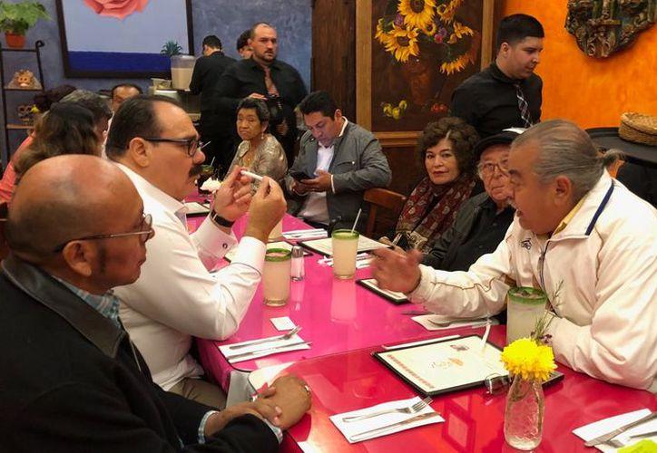 Ramírez Marín dialoga con líderes de organizaciones civiles en California. (Milenio Novedades)