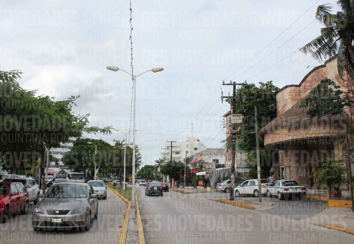 La avenida Yaxchilán era muy concurrida por los cancunenses. (Redacción)