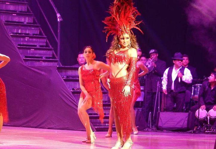"""El espectáculo """"Qué rico es el mambo"""" conjuga música, baile y actuación. (Milenio Novedades)"""