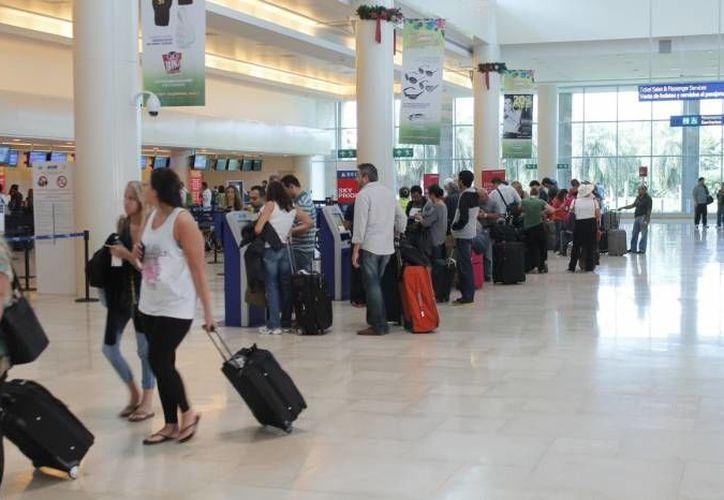 A través de los kioscos automatizados se permite la entrada rápida y segura a México. (Archivo/SIPSE)