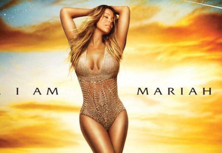 La cantante estadounidense es duramente criticada por verse demasiado esbelta y retocada, con piernas muy, muy largas. (Internet)