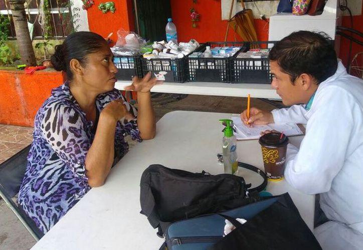 Más de 136 vecinos de la comunidad rural Santa Cecilia y del fraccionamiento Misión Las Flores recibieron atención médica gratuita. (Redacción/SIPSE).