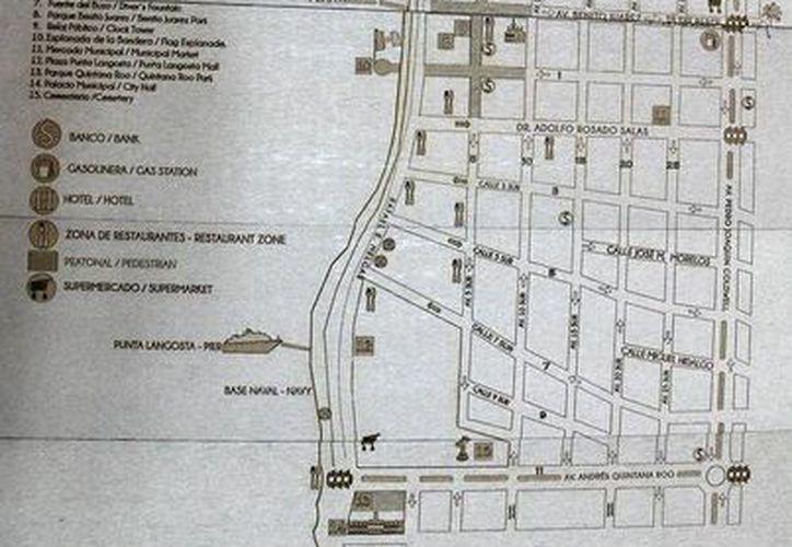 La Dirección de Turismo de Cozumel inició la colocación de mapas para dar orientación a los visitantes. (Redacción/SIPSE)