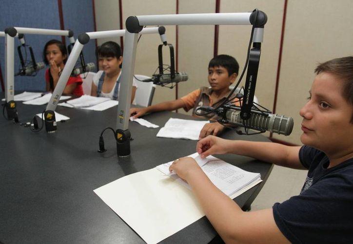 El programa de radio es conducido por niñas y niños de 10 a 13 años de edad que hablarán de diversos temas de importancia. (Redacción/SIPSE)
