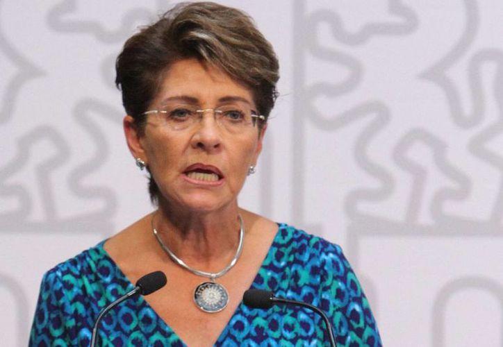 Mercedes Juan, titular de la Secretaría de Salud, dependencia que emitió la advertencia de no visitar países con casos de ébola. (Imagen de archivo/Notimex)