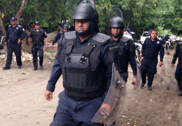 Durante el desalojo del domingo, fueron detenidas ocho personas, quienes quedaron en libertad esta madrugada, al obtener amparos y pagar una multa. (Redacción/SIPSE)