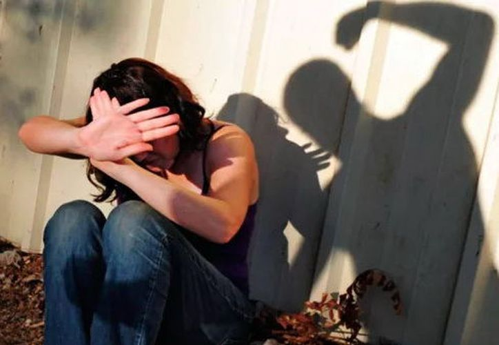Proponen garantizar la  reparación de daños a mujeres maltratadas. (Foto: Milenio Novedades)