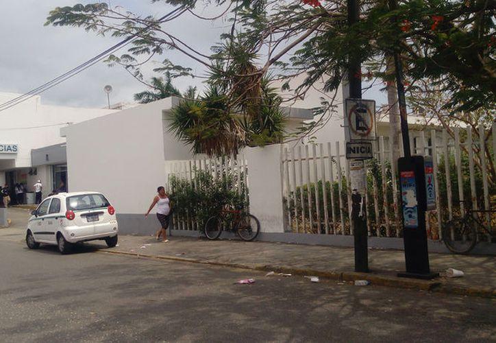 Desde las 8 de la mañana iniciará el desalojo de pacientes en el edificio antiguo. (Rubi Velázquez/SIPSE)