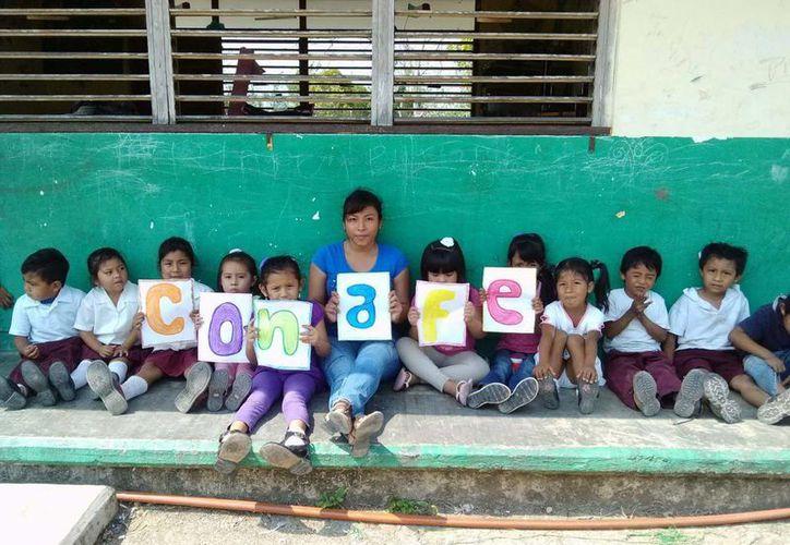 Alumnos de una escuela del Conafe, beneficiados con nuevo esquema a partir de la Reforma Educativa. (Harold Alcocer/SIPSE)