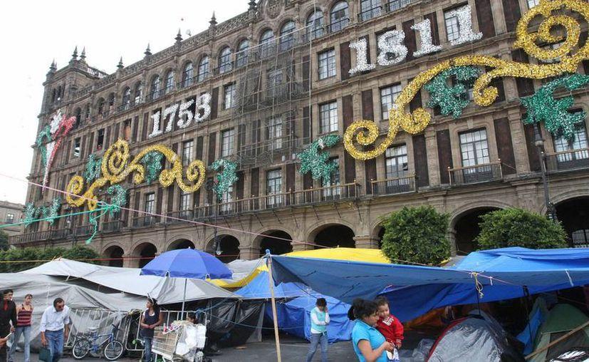 En una asamblea nacional representativa de todas las secciones movilizadas en el DF, la CNTE decidirá si se va o no del Zócalo capitalino. (Notimex)