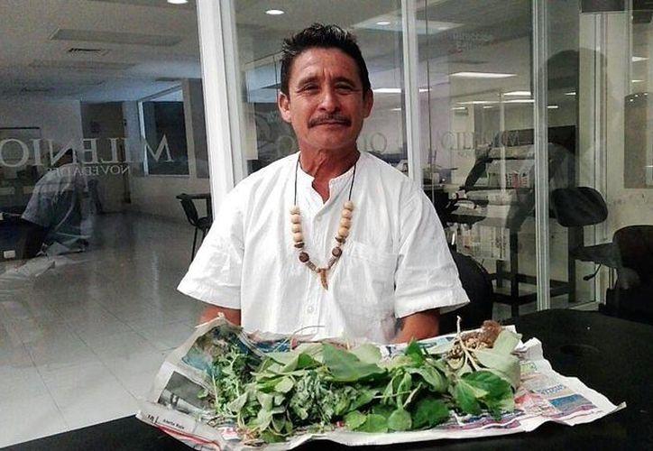 Las nuevas generaciones de turistas, sobre todo de EU y Europa, consultan con mucha frecuencia con médicos tradicionales mayas, que cuentan con conocimientos acumulados durante siglos. (Foto: Daniel Sandoval/SISPE)