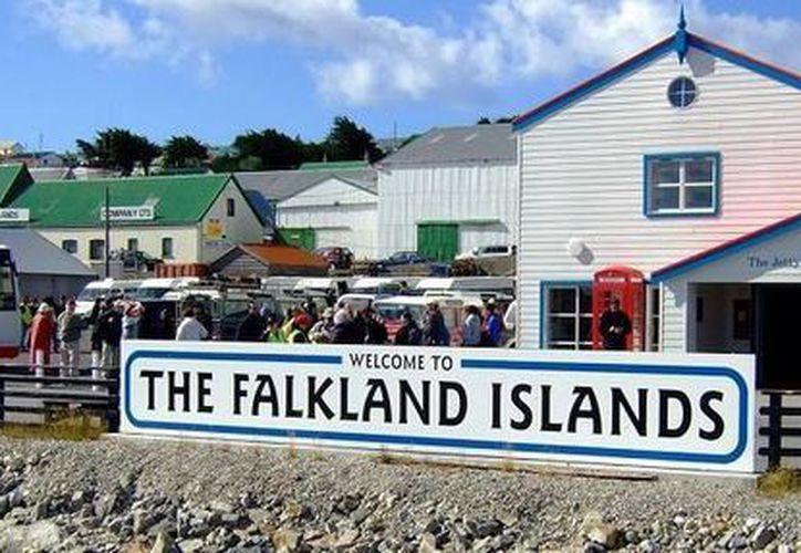 La hipótesis de que las Malvinas, conocidas en Reino Unido como 'Falkland Islands', pertenezcan a Uruguay surgió décadas atrás. (Archivo/SIPSE)