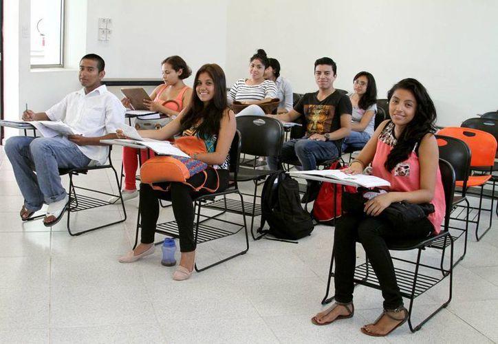Cada año en el estado de Quintana Roo se reciben 300 nuevos abogados. (Adrián Monroy/SIPSE)