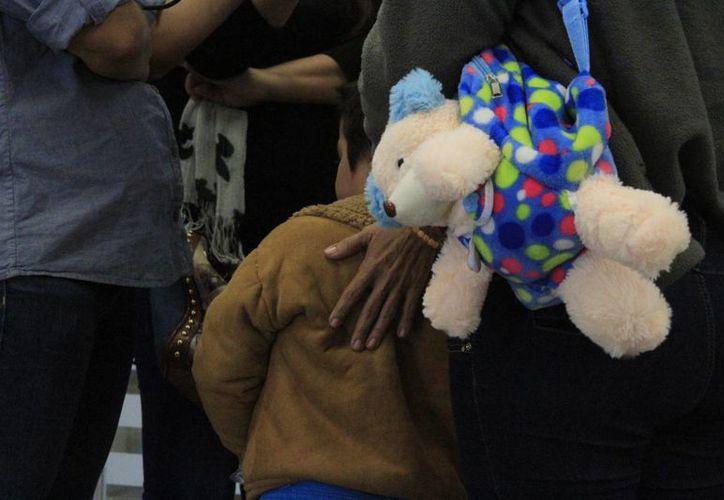 La menor de cuatro años es ingresada al Hospital de la Ciudad de México para su valoración. (Ángel Castilla/SIPSE)