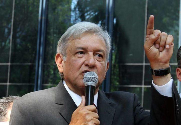 Andrés Manuel López Obrador informó que rehabilitará unidades médicas territoriales de la Secretaría de Salud y del IMSS para mejorar servicios sanitarios. (SIPSE)