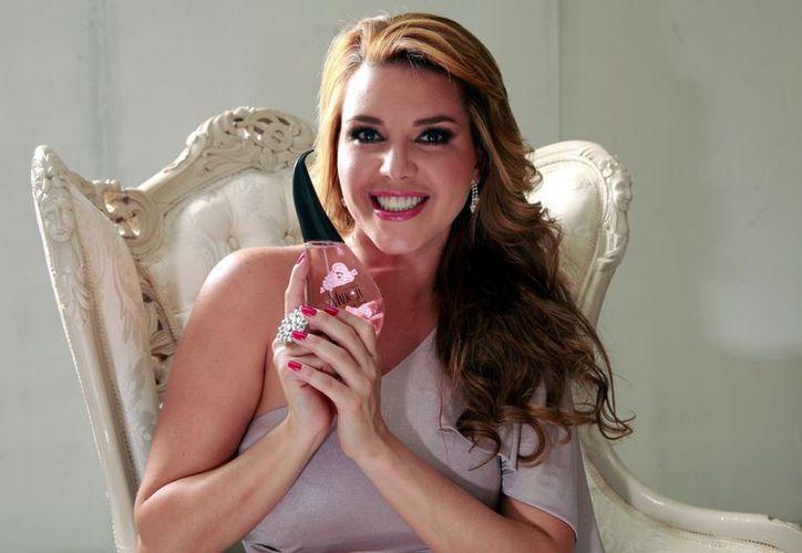 Este domingo Alicia Machado va por trofeo de la gran final de Mira quién Baila. (Agencia Reforma)