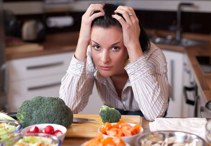 Los que comen inconsciente o emocionalmente son los candidatos principales para la hipnoterapia. (Contexto)
