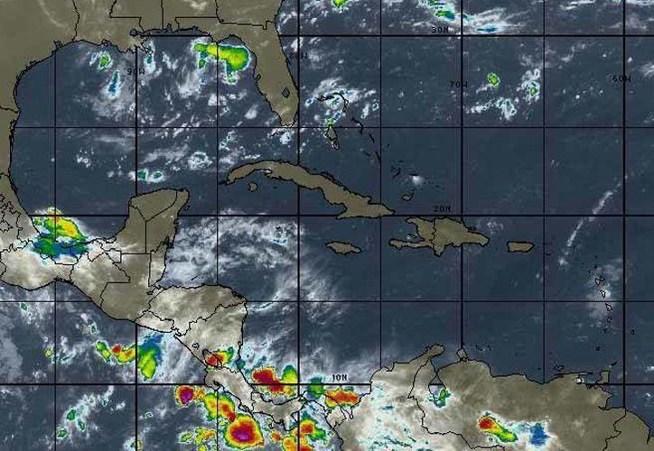 La tarde de ayer en el Océano Atlántico, se desarrolló la tormenta tropical Grace a partir de la Depresión Tropical Número 7. (Intellicast)
