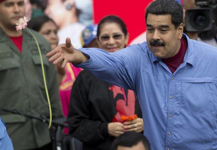 El presidente de Venezuela, Nicolás Maduro, declaró que demandaría judicialmente a directivos del Congreso. (AP)