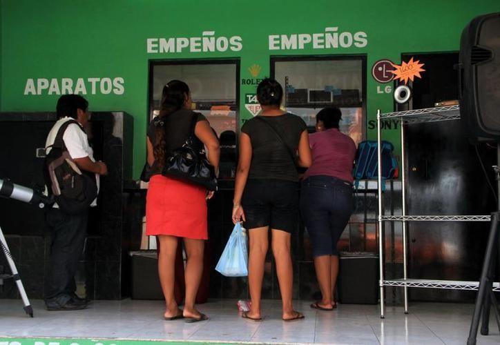 Tiendas de empeño de la entidad, le dicen adiós a las largas filas, registradas principalmente en temporada de inscripciones y durante el primer mes de año. (SIPSE)