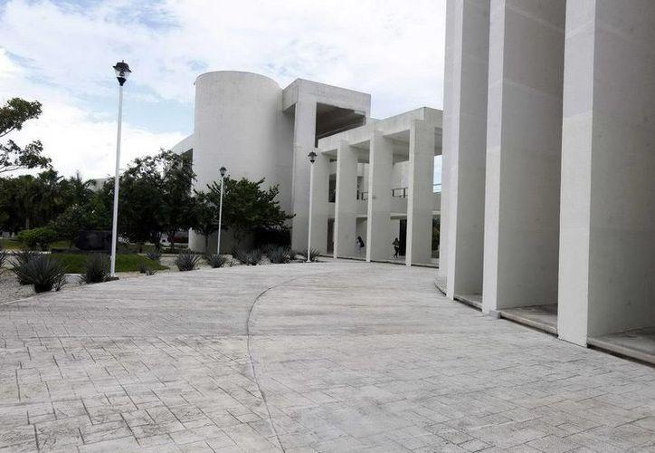 El diplomado se llevará a cabo en la Universidad del Caribe en Cancún. (Redacción/SIPSE)