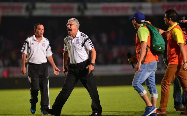 Ricardo Ferretti fue sancionado con dos partidos y una multa económica por su comportamiento en el duelo ante Veracruz, hace unas semanas.(Jam media)