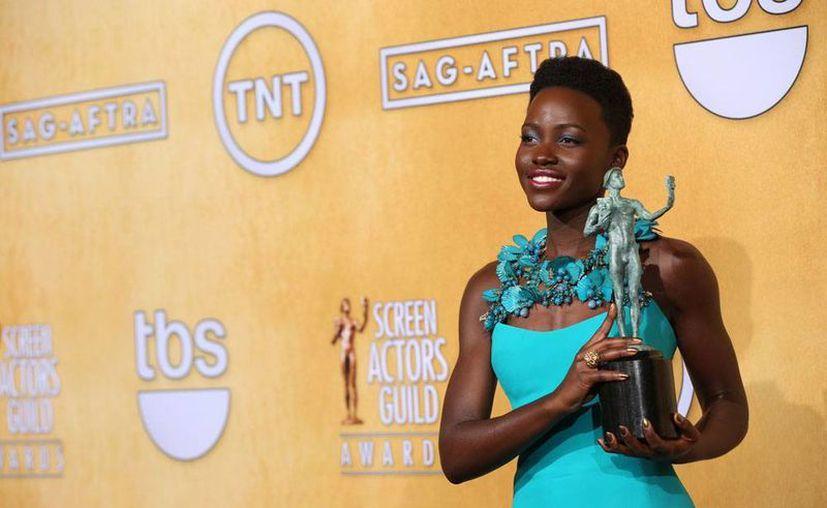 Lupita Nyong'o, actriz keniata que ganó el premio SAG, nació en México y vivió en Taxco, Guerrero. (NTX)