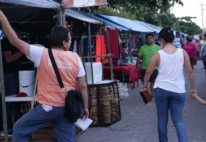 Cabe indicar que en la capital yucateca operan al menos 40 tianguis. (Jorge Acosta/Milenio Novedades)