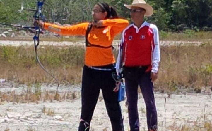 Ana Laura se ubica en el tercer sitio de la competencia que se realiza en Monterrey. (Raúl Caballero/SIPSE)