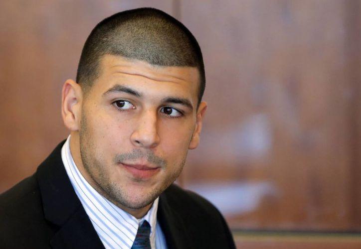 Aaron Hernández se declaró inocente del asesinato de Odin Lloyd.  (Agencias)