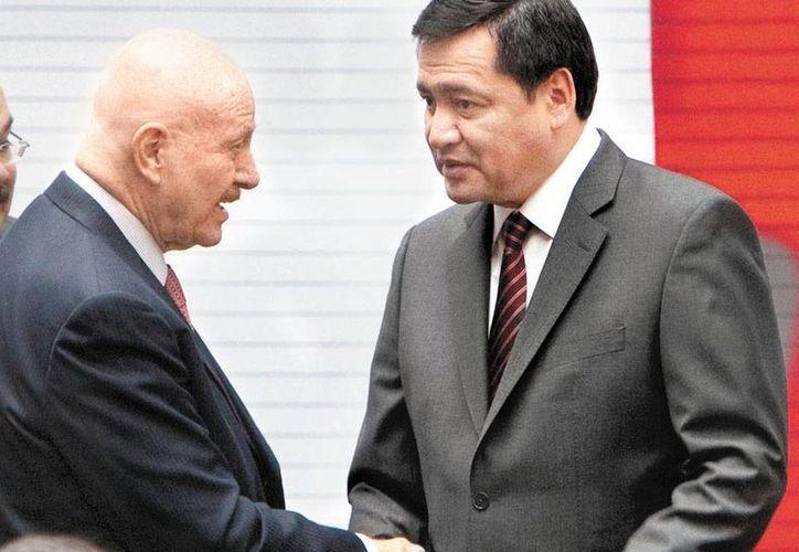 El Comisionado Nacional de Seguridad y el titular de Gobernación. (Milenio)