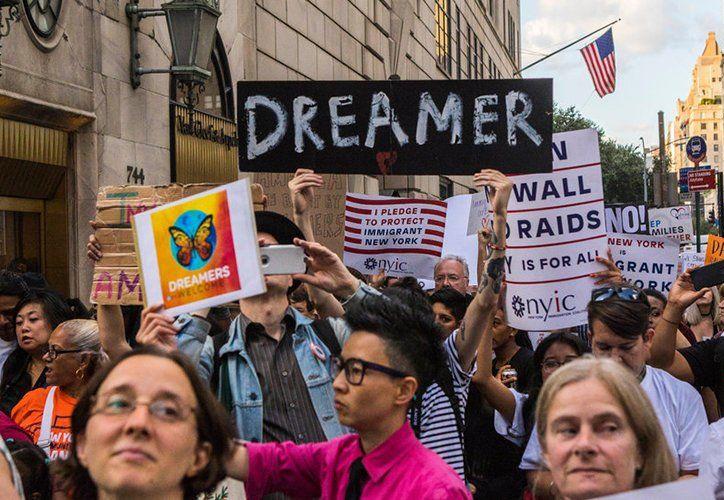 El programa DACA protege de la deportación a jóvenes migrantes. (vanguardia.com)