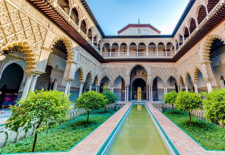 Una pareja será sancionada por usar como escenario de un video íntimo, la residencia de la familia real en Sevilla. (Flickr.com / Sevilla ciudad)