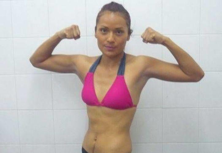 La peleadora Guadalupe Martínez expondrá su título ante Celeste González, este sábado en la Ciudad de México. (Notimex)