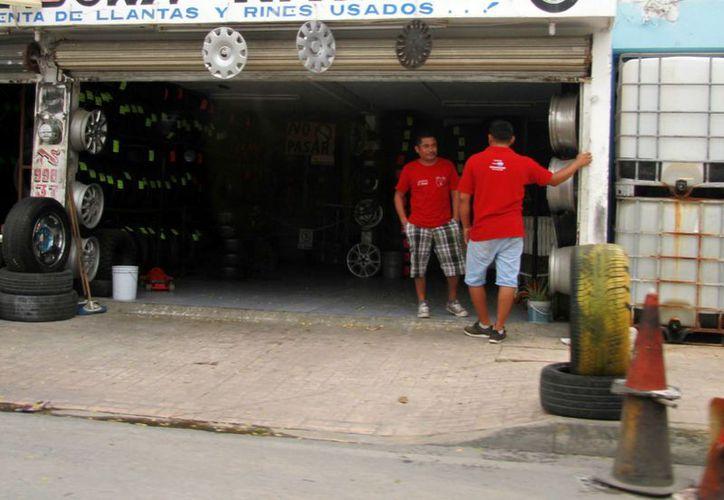 La mayoría de los negocios multados son pequeñas y medianas empresas. (Luis Soto/SIPSE)