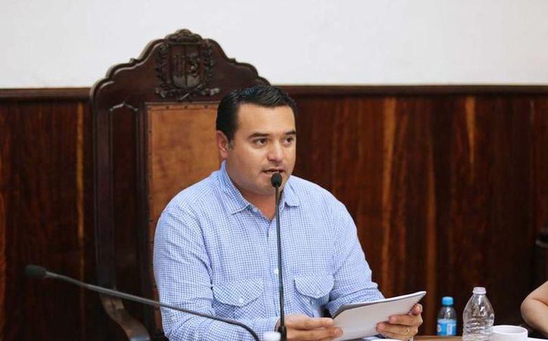 Renán Barrera sería de nuevo aspirante a la precandidatura por la alcaldía de Mérida, puesto que ejerció entre el 2012 y 2015. (Archivo)